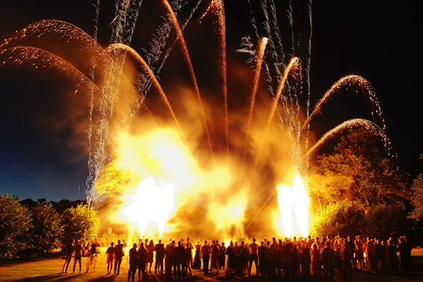 Special effects at Luton Hoo wedding