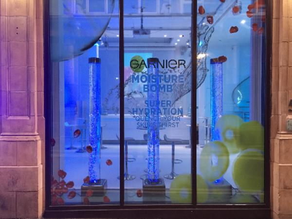 Bubble tubes used in garnier shop window